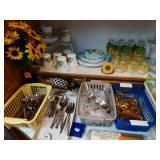 kitchen ware, stainless flatware,
