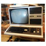 Vintage Radio Shack TRS-80 Personal Computer Model #3 With Operation Manuals With Pocket Computer In