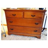 """Solid Wood Chest Of Drawers With 4 Drawers, 32.5"""" x 42.5"""" x 18.5"""""""