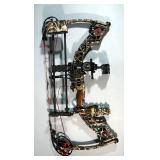 Mathews Solocam Z7 Xtreme SE5 Composite Compound Bow With Tommy Sight And Quiver