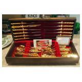 Oneida 77 Piece Community Gold Electroplate Flatware Set In Felt Lined Wood Storage Box