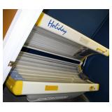 Sportarredo Holiday 45 Level 3 Tanning Bed With 32 Bulbs, Powers On, Bulbs Replaced In January 2020,