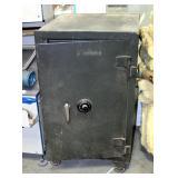 "Vintage Sargent & Greenleaf Fire Insulated Safe SN: C101037 41.5"" X 25.5"" X 28.5"""