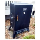 "Master Built Gas Smokehouse Smoker, Model 2005021, 42"" x 24"" x 17"""