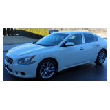 ONLINE ABSOLUTE AUCTION of 2010 NISSAN MAXIMA S