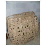 SEVERAL TOBACCO BASKETS