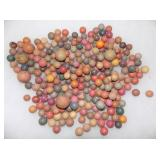COLLEC. EARLY CLAY MARBLES