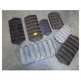 SEVERAL CORNBREAD PANS