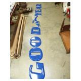 19X19 PORC. LETTER SIZE GOODYEAR