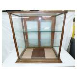 26X30 OAK DISPLAY CABINET