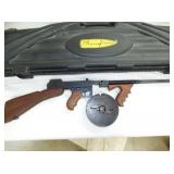 2ND VIEW THOMPSON 45 CARBEAN W/ CASE