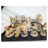 COLLECTION HUMMEL FIGURES