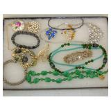 VAIROUS PIECES COSTUME JEWELRY