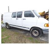 VIEW 2 PASSENGER SIDE 1999 DODGE VAN