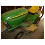 VIEW 2 CLOSE UP JD 18HP MOWER
