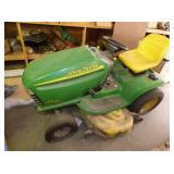 VIEW 4 JD 18HP RIDING LAWN MOWER