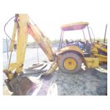 VIEW 4 NEW HOLLAND W/BACKHOE