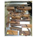 VIEW 2 TOP SIDE WOOD PLANES