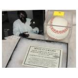 HANK ARON SIGNED BALL/PICTURE
