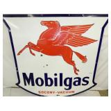 VIEW 2 CLOSEUP PORC. MOBILGAS SIGN