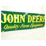 VIEW 2 CLOSEUP PORC JOHN DEERE SIGN