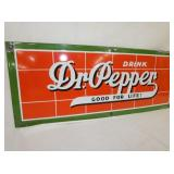 VIEW 2 PORC. DR. PEPPER SIGN