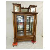 UNUSUAL OAK 2 DOOR MEDICAL CABINET