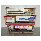 ERTLE/NYLINT TOY TRUCK W/ BOXES