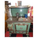 EARLY GREEN ENAMEL COOKSTOVE