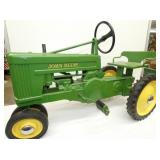 VIEW 2 BY ESKA JD PEDAL TRACTOR