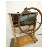 EARLY CORN SHELLER