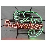 UNUSUAL BUDWEISER LIZARD NEON