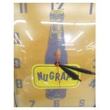 VIEW 2 NUGRAPE LIGHTED ADV. CLOCK