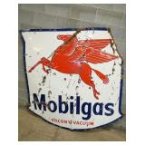 VIEW 2 OTHERSIDE PORC. MOBILGAS SIGN