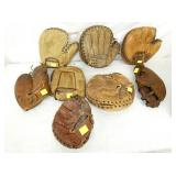 VARIOUS ASSORTED CATCHERS MITS