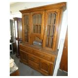 LG 2PC. OAK HUTCH