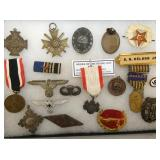 MILITARY BADGES, RISING SUN, ET