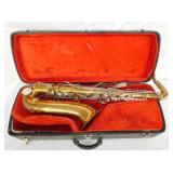 KING CLEVELAND SAXOPHONE WITH CASE