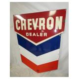 VIEW 2 CLOSEUP CHEVRON PORC. DEALER SIGN