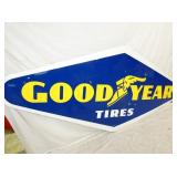 VIEW 3 LEFT SIDE PORC. GOODYEAR TIRES SIGN