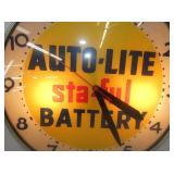 VIEW 3 CLOSEUP AUTO LITE BATTERY CLOCK