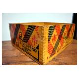 VIEW 2 CLOSEUP DECO WOODEN BOX