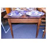 5FT. NC WALNUT PEGGED TABLE