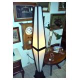 UNUSUAL MID CENTURY FLOOR LAMP