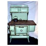 EARLY CREAM AND GREEN COOK STOVE