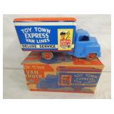 VIEW 2 OTHERSIDE TOY TOWN MARX W/ BOX