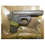 VIEW 2 CLOSEUP FLARE GUN