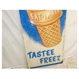 VIEW 3 BOTTOM TASTEE FREEZE ICE CREAM SIGN