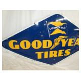 VIEW 2 LEFTSIDE PORC. GOODYEAR TIRES