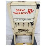 VIEW 3 BOTTOM 10CENT TOMS MACHINE